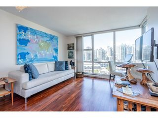 Photo 10: 1805 193 AQUARIUS Mews in Vancouver: Yaletown Condo for sale (Vancouver West)  : MLS®# R2487732