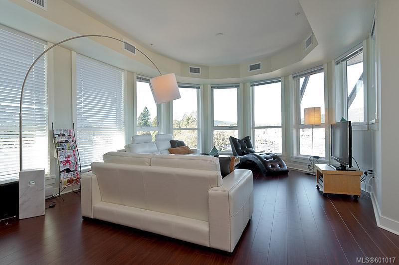 FEATURED LISTING: 414 - 662 Goldstream Ave Langford
