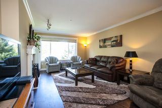 """Photo 4: 208 5465 201 Street in Langley: Langley City Condo for sale in """"Briarwood Park"""" : MLS®# R2072706"""