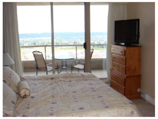 """Photo 6: 1801 6888 STATION HILL Drive in Burnaby: South Slope Condo for sale in """"THE SAVOY CARLTON"""" (Burnaby South)  : MLS®# V827372"""