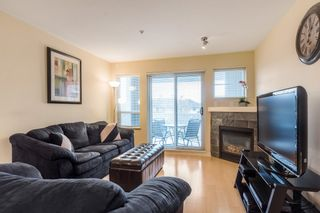 "Photo 2: 319 20750 DUNCAN Way in Langley: Langley City Condo for sale in ""FAIRFIELD LANE"" : MLS®# R2145506"