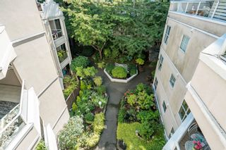"""Photo 28: 401 1525 PENDRELL Street in Vancouver: West End VW Condo for sale in """"Charlotte Gardens"""" (Vancouver West)  : MLS®# R2617074"""