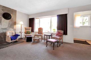 Photo 2: 6283 MORGAN Place in Surrey: Cloverdale BC 1/2 Duplex for sale (Cloverdale)  : MLS®# R2558016