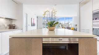 """Photo 4: 204 6333 WEST Boulevard in Vancouver: Kerrisdale Condo for sale in """"McKinnon"""" (Vancouver West)  : MLS®# R2605921"""