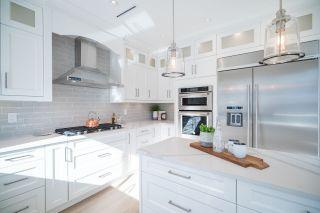 "Photo 6: 2526 ETON Street in Vancouver: Hastings East House for sale in ""HASTINGS-SUNRISE"" (Vancouver East)  : MLS®# R2241295"