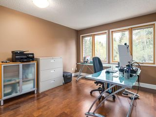 Photo 32: 2002 PUMP HILL Way SW in Calgary: Pump Hill Detached for sale : MLS®# C4204077