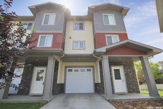 Photo 1: 204 3440 Avonhurst Drive in Regina: Coronation Park Residential for sale : MLS®# SK865431