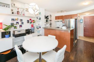 "Photo 6: 1002 2763 CHANDLERY Place in Vancouver: Fraserview VE Condo for sale in ""RIVER DANCE"" (Vancouver East)  : MLS®# R2095895"