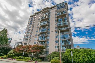 """Photo 19: 801 555 13TH Street in West Vancouver: Ambleside Condo for sale in """"PARKVIEW TOWERS"""" : MLS®# R2105654"""