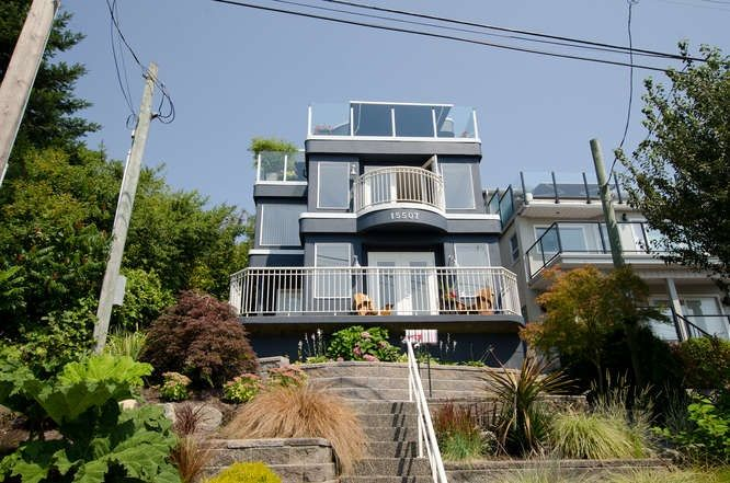Main Photo: 15507 COLUMBIA Avenue: White Rock House for sale (South Surrey White Rock)  : MLS®# R2000472