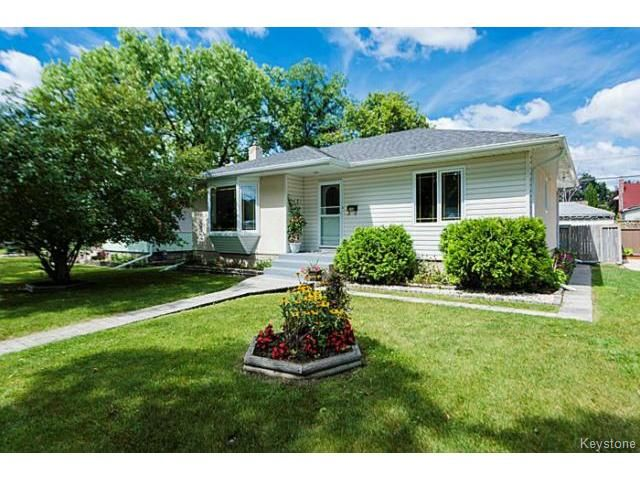 Main Photo: 119 Bank Avenue in WINNIPEG: St Vital Residential for sale (South East Winnipeg)  : MLS®# 1419669
