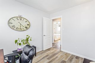 Photo 13: 516 Queen Charlotte Drive SE in Calgary: Queensland Detached for sale : MLS®# A1098339