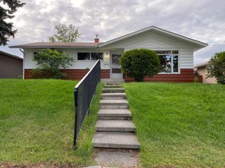 Photo 1: 216 78 Avenue SE in Calgary: Fairview Detached for sale : MLS®# A1123206