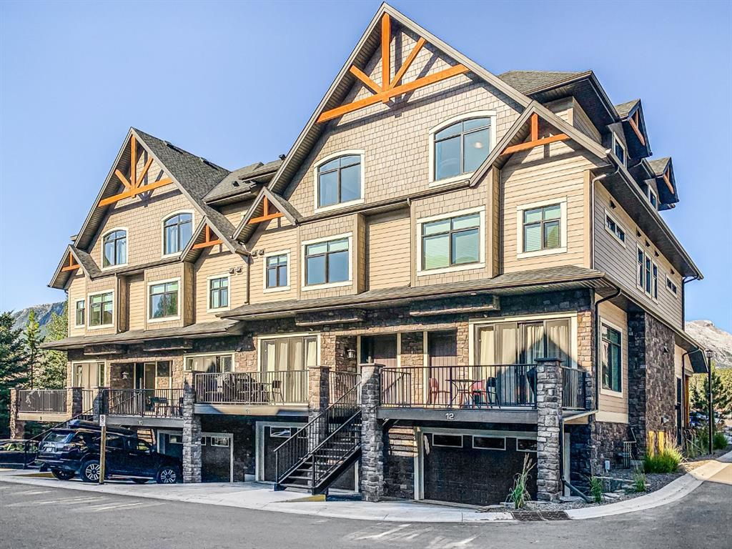 Main Photo: 11 108 Montane Road: Canmore Row/Townhouse for sale : MLS®# A1142478