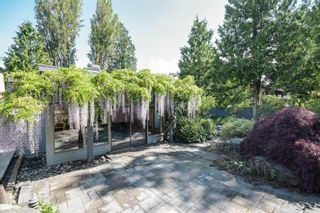 Photo 3: 3751 West 51st Ave in Vancouver: Home for sale : MLS®# V1066285
