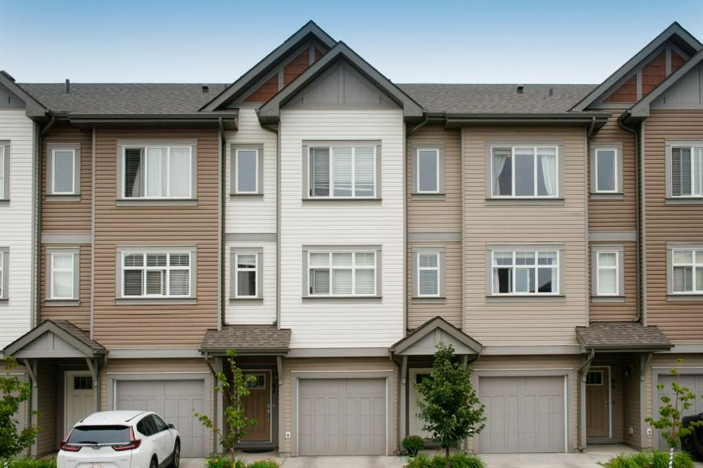 Main Photo: 62 Copperstone Common SE in Calgary: Copperfield Row/Townhouse for sale : MLS®# A1140452