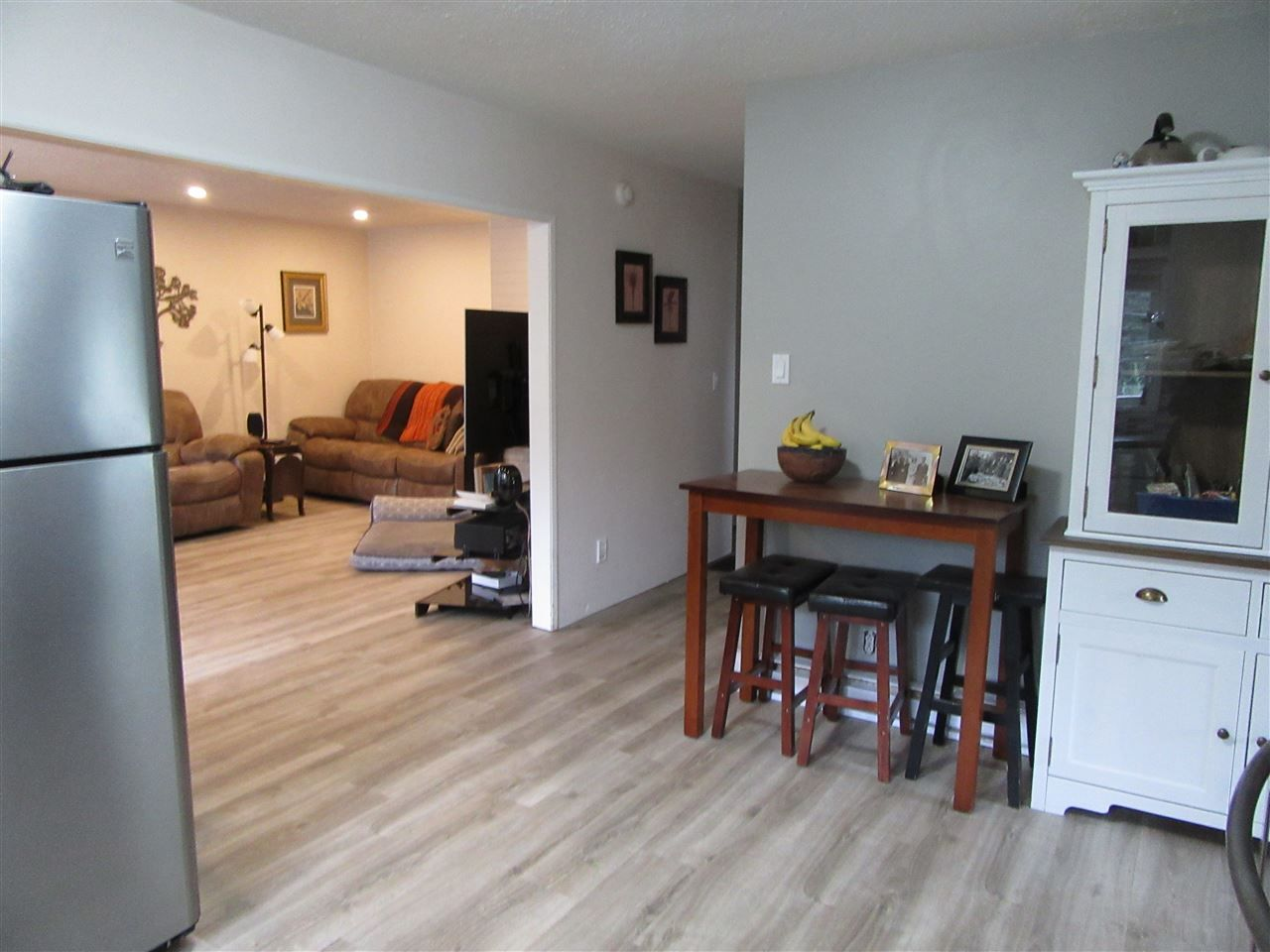 Photo 10: Photos: 4261 ARABIAN Road in Prince George: Emerald House for sale (PG City North (Zone 73))  : MLS®# R2404002