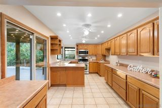 Photo 6: BAY PARK House for sale : 3 bedrooms : 3765 Sioux Ave in San Diego