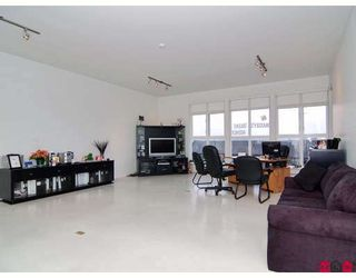 """Photo 3: 405 20238 FRASER Highway in Langley: Murrayville Condo for sale in """"The Muse"""" : MLS®# F2810494"""