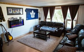Photo 2: 32 Sycamore Drive in Sunset Estates: Residential for sale : MLS®# SK849266