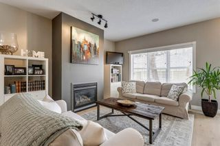 Photo 11: 93 SOMME Boulevard SW in Calgary: Garrison Woods Row/Townhouse for sale : MLS®# C4241800