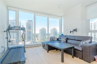 """Photo 7: 2106 13438 CENTRAL Avenue in Surrey: Whalley Condo for sale in """"PRIME ON THE PLAZA"""" (North Surrey)  : MLS®# R2623474"""
