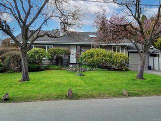 Photo 2: 880 Byng St in : OB South Oak Bay House for sale (Oak Bay)  : MLS®# 870381
