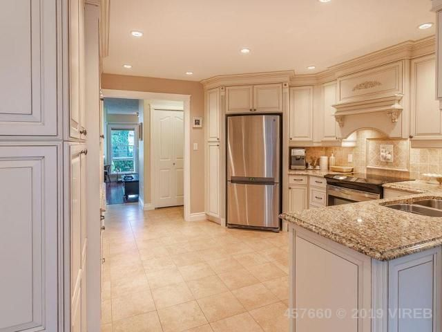Photo 7: Photos: 208 LODGEPOLE DRIVE in PARKSVILLE: Z5 Parksville House for sale (Zone 5 - Parksville/Qualicum)  : MLS®# 457660