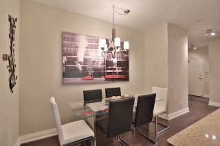 Photo 3: 20 Scrivener Sq Unit #619 in Toronto: Rosedale-Moore Park Condo for sale (Toronto C09)  : MLS®# C3817983