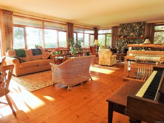 Photo 20: 2892 Fishboat Bay Rd in : Sk French Beach House for sale (Sooke)  : MLS®# 863163