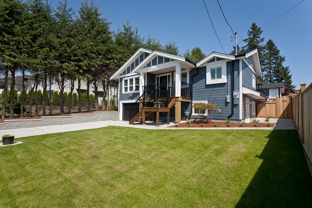 Photo 3: Photos: 369 MUNDY Street in Coquitlam: Coquitlam East House for sale : MLS®# V951722