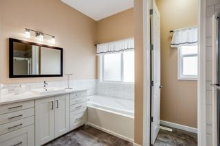 Photo 11: 582 Fairways Crescent NW: Airdrie Detached for sale : MLS®# A1143873