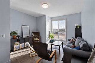 Photo 1: 3529 69 Street NW in Calgary: Bowness Row/Townhouse for sale : MLS®# A1090190