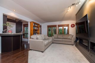 """Photo 6: 5845 237A Street in Langley: Salmon River House for sale in """"Tall Timber Estates"""" : MLS®# R2529743"""