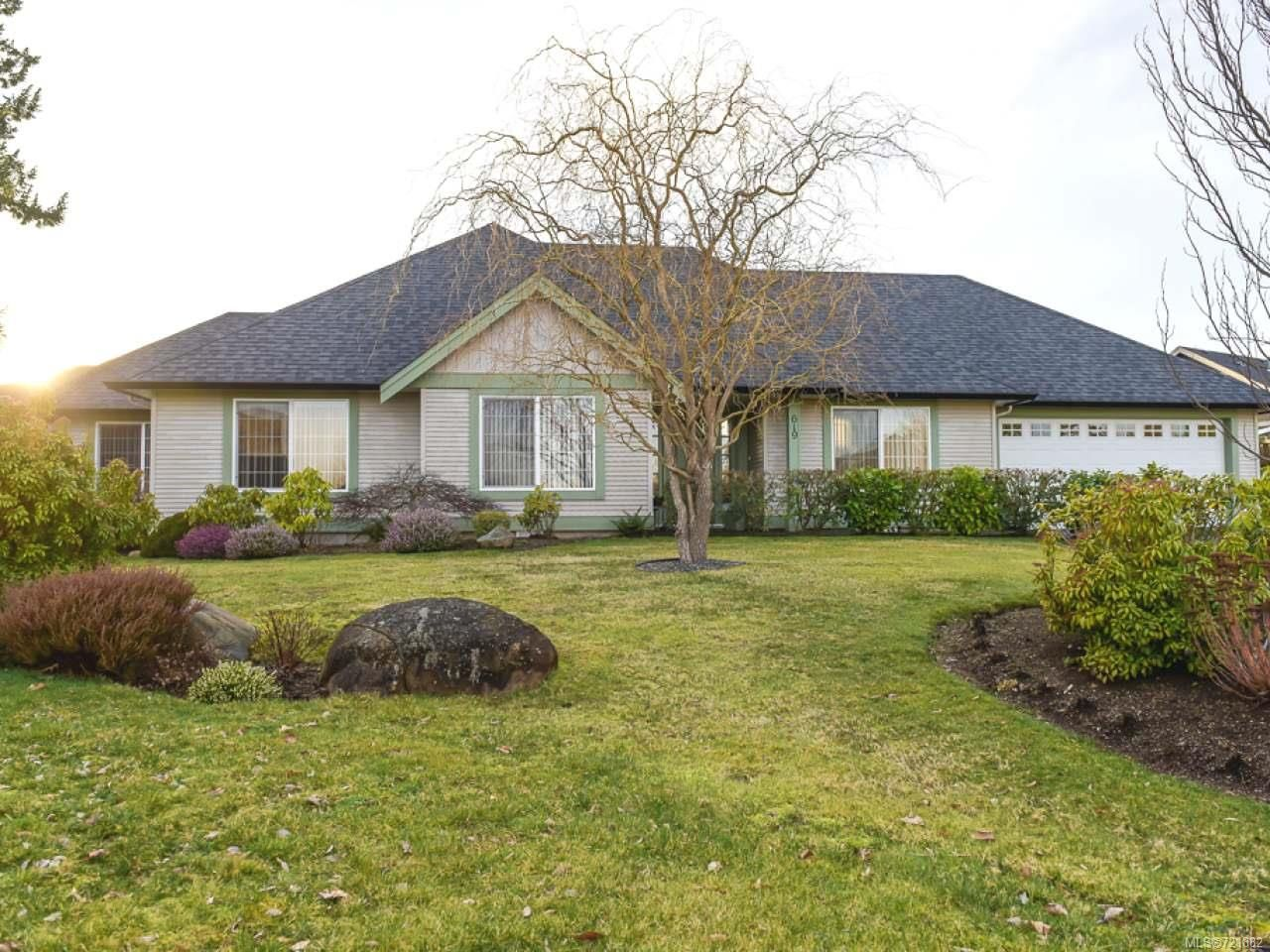 Main Photo: 619 OLYMPIC DRIVE in COMOX: CV Comox (Town of) House for sale (Comox Valley)  : MLS®# 721882