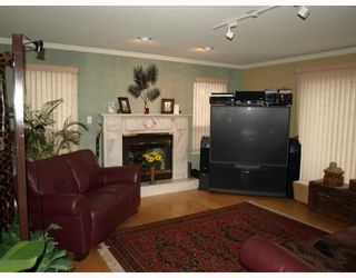 Photo 5: 10560 ARAGON Road in Richmond: McNair House for sale : MLS®# V752653