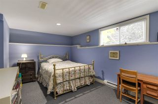 """Photo 17: 4852 QUEENSLAND Road in Vancouver: University VW House for sale in """"Little Australia"""" (Vancouver West)  : MLS®# R2256757"""