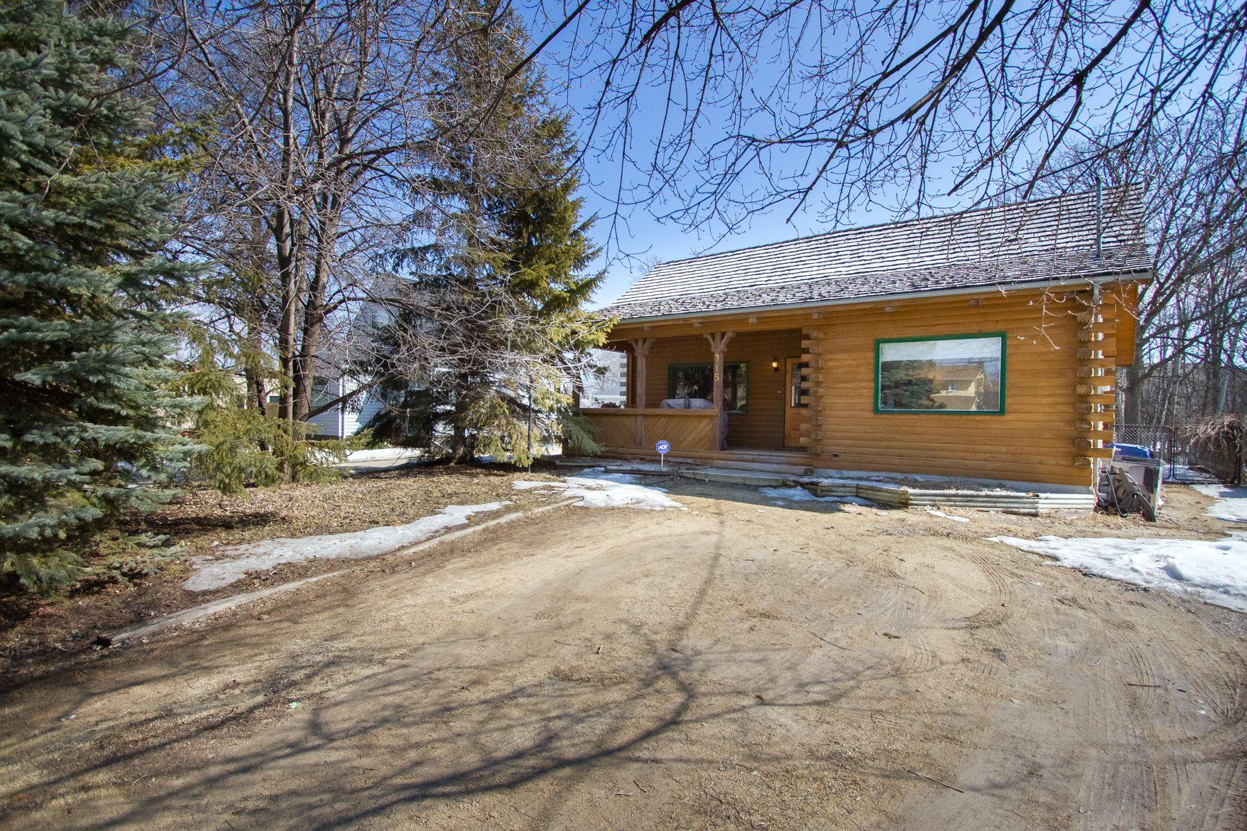 Main Photo: 715 Haney Street in Winnipeg: Charleswood House for sale (1G)  : MLS®# 1706771