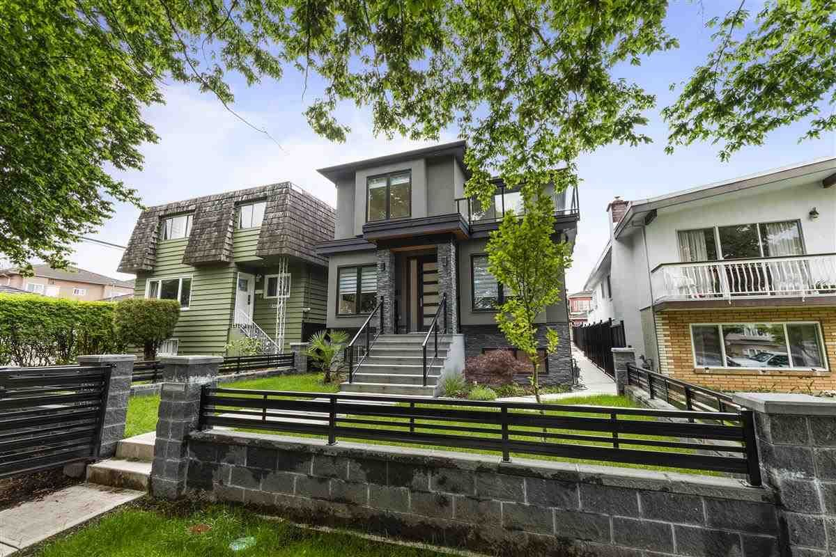 Main Photo: 3278 E 27TH Avenue in Vancouver: Renfrew Heights House for sale (Vancouver East)  : MLS®# R2455832
