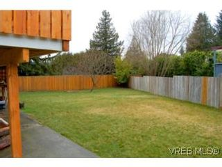 Photo 9: 3536 Wishart Rd in VICTORIA: Co Latoria House for sale (Colwood)  : MLS®# 494985