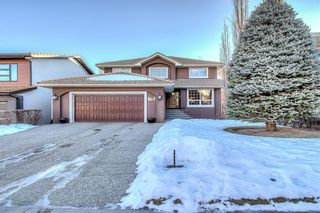 Main Photo: 153 SIGNATURE Close SW in Calgary: Signal Hill Detached for sale : MLS®# C4283177