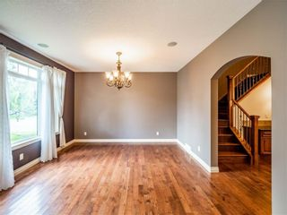 Main Photo: 529 24 Avenue NE in Calgary: Winston Heights/Mountview Semi Detached for sale : MLS®# A1021988
