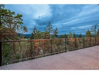 Photo 18: 114 1177 Deerview Pl in VICTORIA: La Bear Mountain House for sale (Langford)  : MLS®# 684098