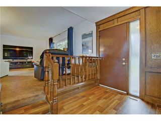 Photo 2: 545 RUNDLEVILLE Place NE in Calgary: Rundle House for sale : MLS®# C4079787