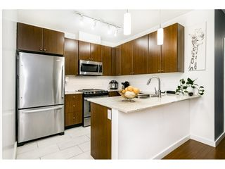 """Photo 1: 1707 280 ROSS Drive in New Westminster: Fraserview NW Condo for sale in """"THE CARLYLE"""" : MLS®# R2502203"""