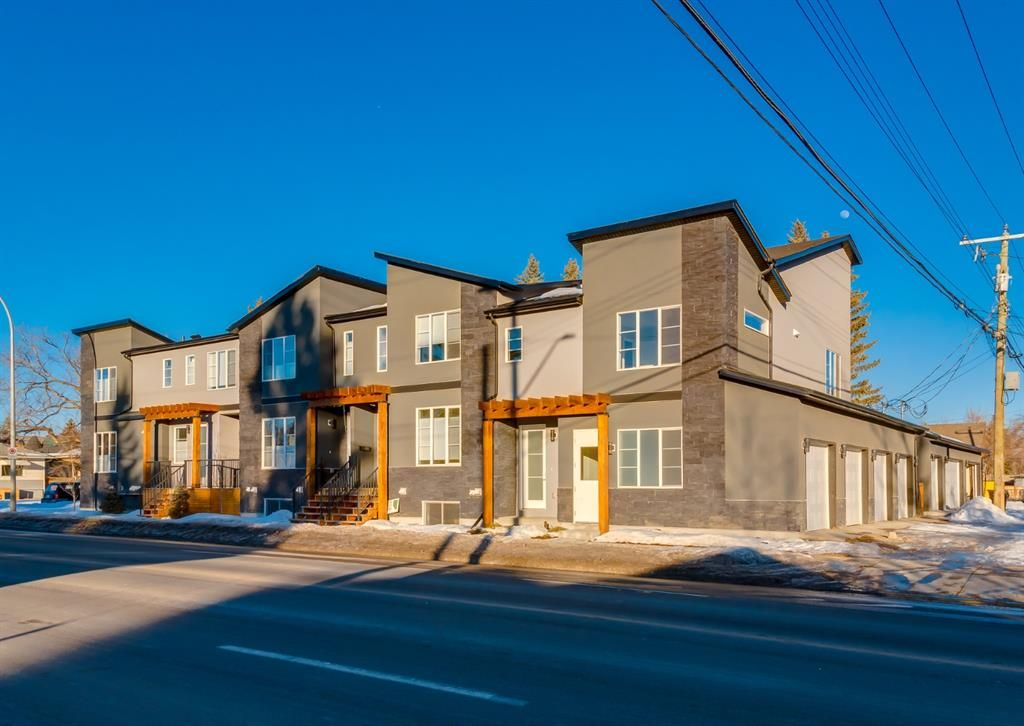 Main Photo: 1956 19 Street NW in Calgary: Banff Trail Row/Townhouse for sale : MLS®# A1071030