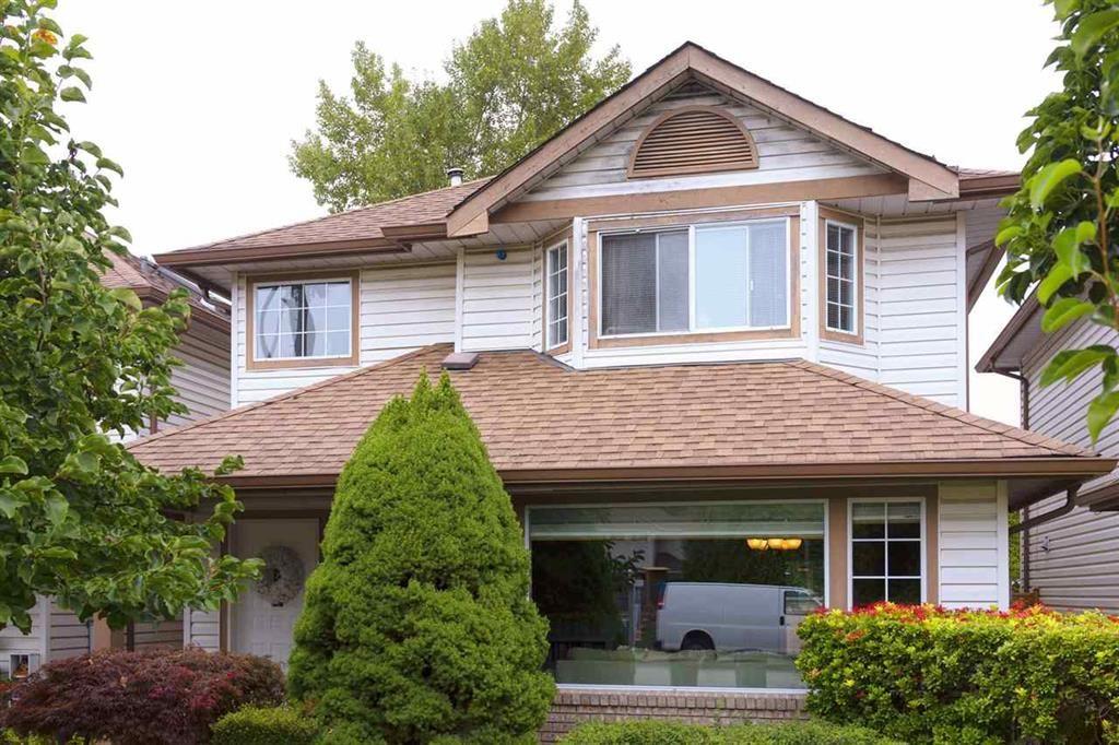 Main Photo: 2 19259 122A Avenue in Pitt Meadows: Central Meadows House for sale : MLS®# R2493531