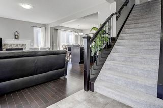 Photo 5: 163 WINDFORD RI SW: Airdrie House for sale : MLS®# C4264581