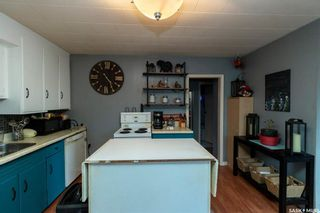 Photo 4: 203 S Avenue North in Saskatoon: Mount Royal SA Residential for sale : MLS®# SK870219