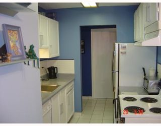 """Photo 4: 312 7180 LINDEN Avenue in Burnaby: Middlegate BS Condo for sale in """"LINDEN HOUSE"""" (Burnaby South)  : MLS®# V649380"""